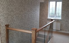 Stairs & Landing wallpapering